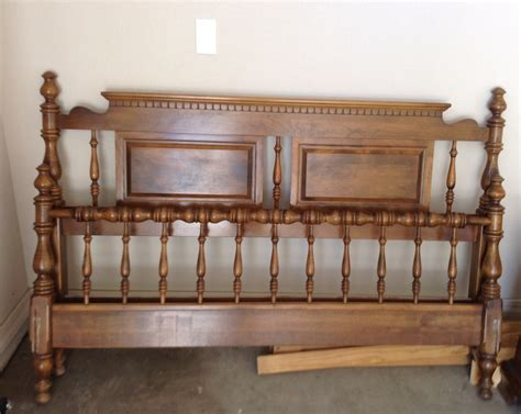 vintage ethan allen bedroom furniture need more info on an ethan allen american traditional