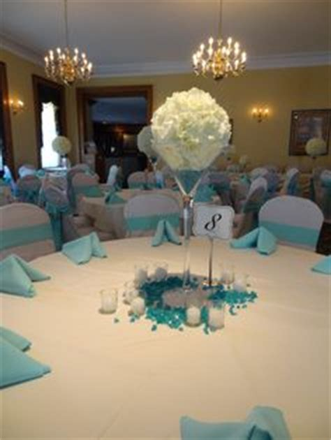 oversized chagne glass centerpieces 1000 ideas about blue centerpieces on