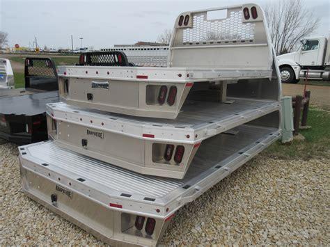 aluminum flat bed knapheide aluminum pgnb flatbeds dickinson truck equipment
