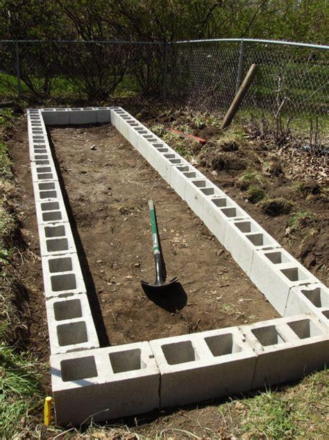 cinder block raised bed diy raised garden beds with cinder blocks home design