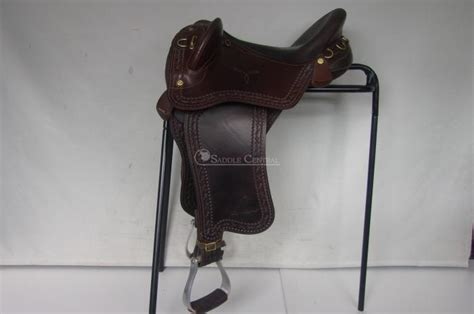 swinging fender saddles syd hill swinging fender 17 quot stock saddle stock horsezone