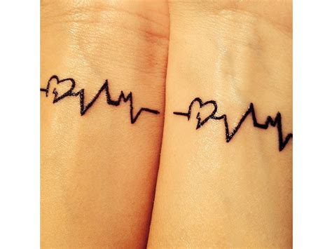 tatuaggi piccoli da condividere con le amiche grazia it