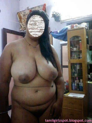 Hot Nude Indian Mature Kavita Aunty Without Saree At Hom