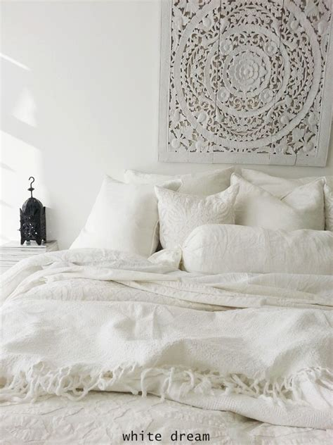 white moroccan bedroom best 25 moroccan bedroom decor ideas on pinterest