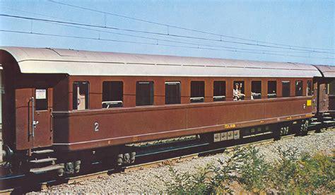 carrozze fs carrozze fs 33 000 tipo 1940 laser dentro le mura di