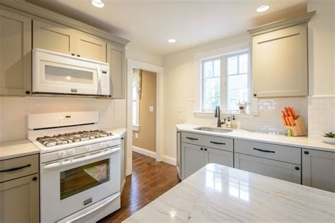 Martha Stewart Kitchen Cabinets Floor by Kitchen Lots Of Countertop Work Space And Cabinet