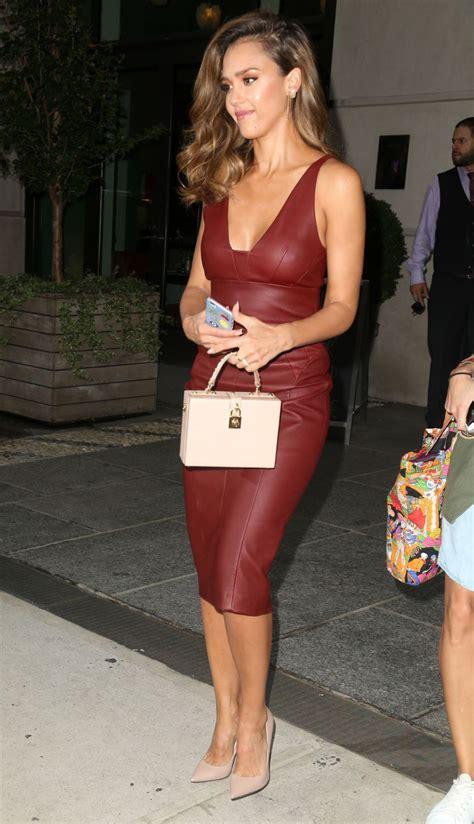 Alba An 4034 35 Leather alba dans une magnifique robe en cuir