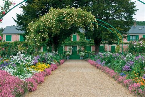 Murray In The Garden by Monet S By Elizabeth Murray Book Review The