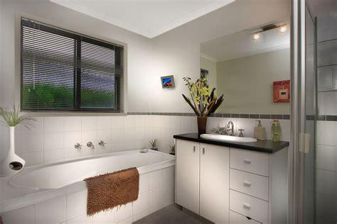 como decorar un bano elegante 5 simples pasos para arreglar y decorar un ba 241 o moderno