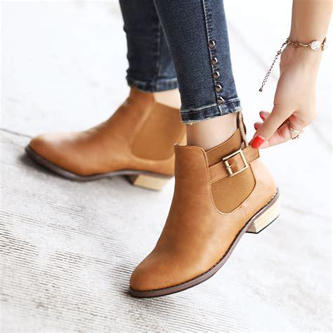 Sepatu Fashion Shoes Chunky Jenis Sepatu Untuk Perempuan Part 3