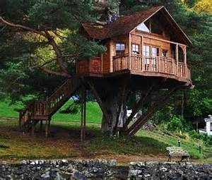 Tree Houses To Live In Tree Houses To Live In Unique Structures Home Decoration