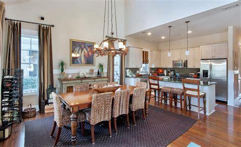 Karpet Tembok inilah caranya memisahkan dapur dan ruang makan dengan karpet