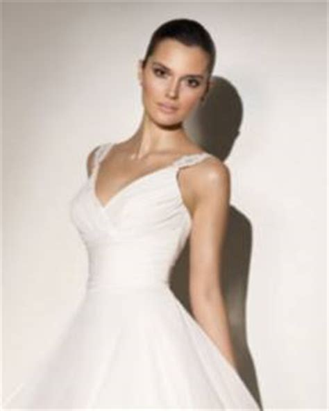 Wedding Dress necklines, a range of styles to enhance you and your wedding dress