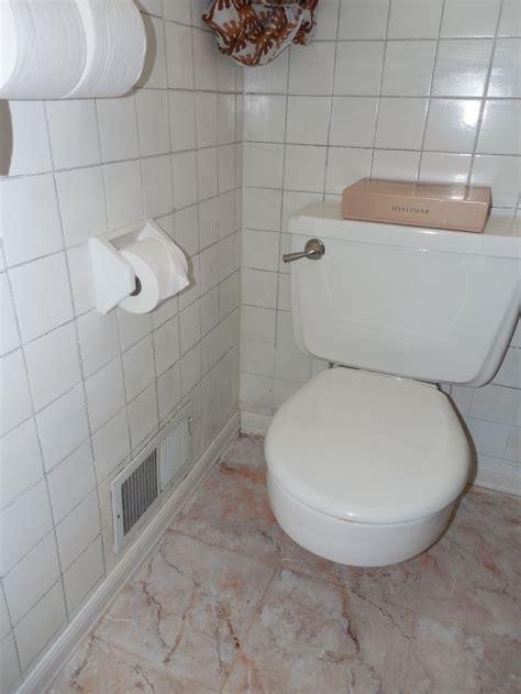 faux marble  painted bathroom tile floor diy salmon