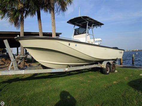 boston whaler center console 1984 used boston whaler outrage 25 center console fishing