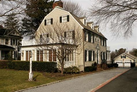 amityville horror house today house for sale only 6 people murdered in it any good films
