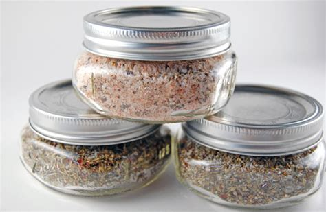 diy seasoning salt seasoned salt gifts the happy home management