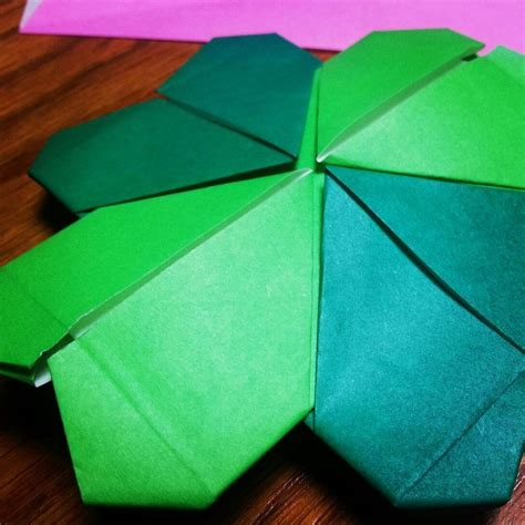 Origami St - origami four leaf clover by maggiekan on deviantart