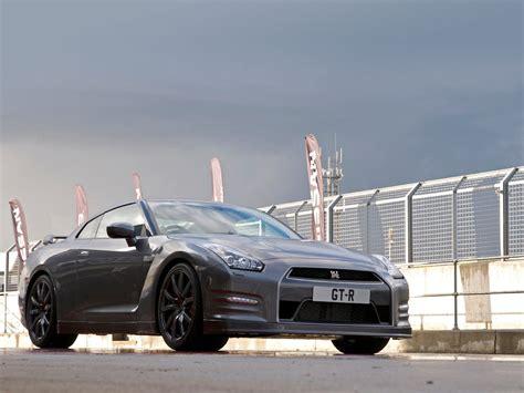 nissan japan cars japanese car photos 2012 nissan gt r insurance information