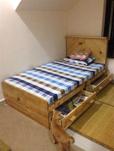 diy pallet bed with 2 drawers pallet furniture diy