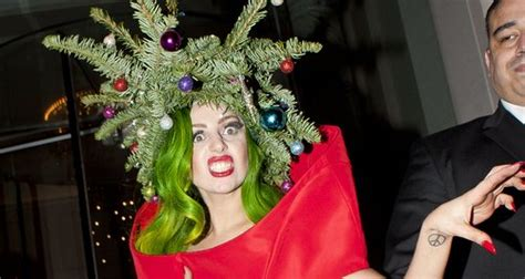 gaga christmas tree mp3 gaga wears tree while leaving jingle bell 2013 capital