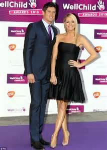 tess daly stuns in strapless black dress as she hosts wellchild awards alongside husband vernon