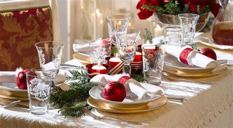 tavolo natale come apparecchiare la tavola a natale 15 idee da cui
