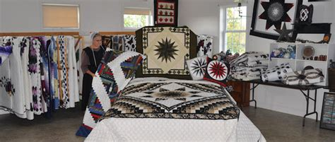 Amish Quilt Shop by Smucker S Quilts An Amish Owned Quilt Shop Quilts