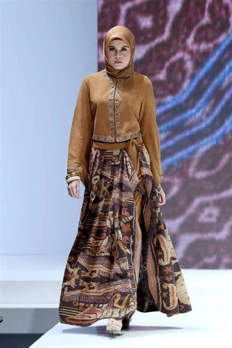 design dress batik muslim koleksi terbaik dari kreasi baju batik modern yang sangat