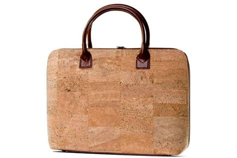 Jtote Makes Stylish Laptop Bags by Corkor S Laptop Bag Is A Sophisticated Sustainable Bag