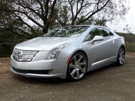 2014 Cadillac ELR First Review: Green Envy   Kelley Blue Book