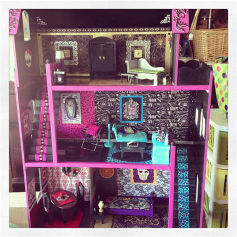 monster high dolls house tour livia s monster high doll house dolls pinterest