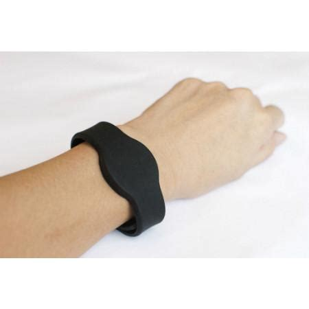 NFC Silicone Adjustable Wristband, Black with NTAG203   1  ? tagstand
