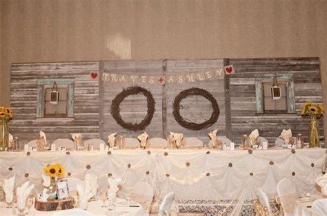 Wedding Backdrop Kijiji by Kijiji Rustic Barnboard Table Backdrop Wedding