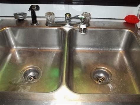 water coming up from sink fresh water coming back up kitchen sink gl kitchen design