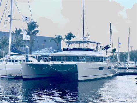 catamaran hull hull 023 catamaran for sale lagoon 630my in fort lauderdale