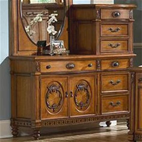 Southern Heritage Furniture by Vaughan Furniture Southern Heritage Size Spindle