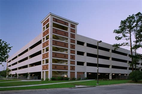 College Park Parking Garage by Higher Education Cra Architects Cra Architects