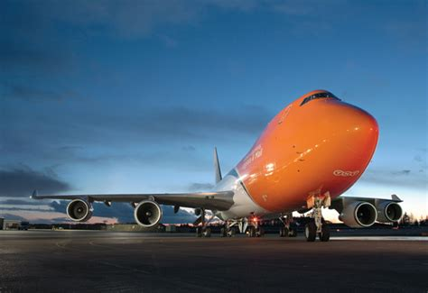 tnt release shows drop in air express volumes supply chain news logistics middle east