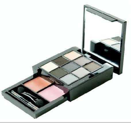 Nyx S109 Smokey Look Kit nyx professional makeup smokey look kit s109 reviews