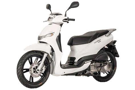 peugeot tweet 125cc scooter