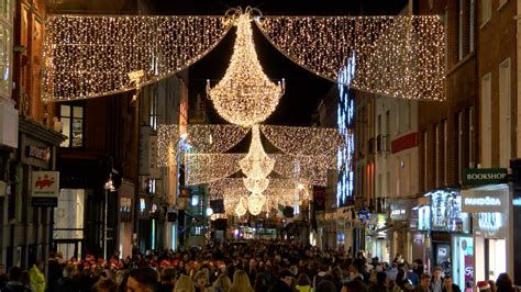 christmas lights up grafton street