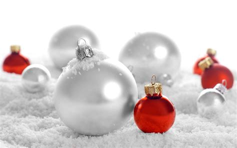 white and red christmas ornaments wallpaper 8565 1920 x