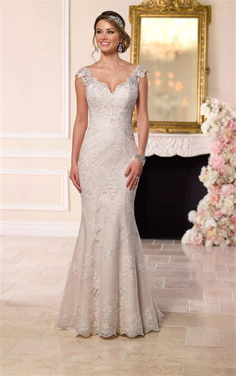 illusion lace  wedding dress stella york wedding dresses