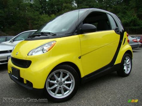 yellow light on car 2008 smart fortwo coupe in light yellow 197969