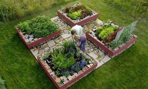 small herb garden design photograph cool very attractive d asa lt paaukštintos lysvės