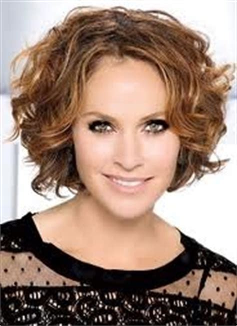 hairstyles and attitudes brunswick me amy brenneman short curly hair curly hair pinterest
