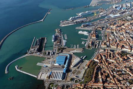indirizzo porto di livorno via libera al collegamento ferroviario diretto tra il