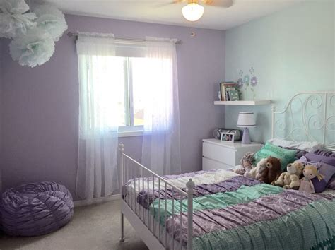my room dulux paint colours are purple foxglove and regent glitter wall by