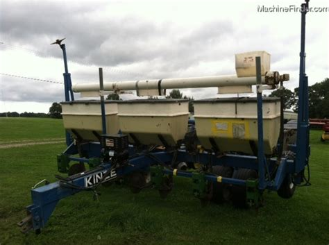 Kinze Frame Planter kinze frame planter planting seeding planters deere machinefinder